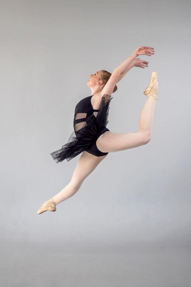 Ballet 2 (Large)